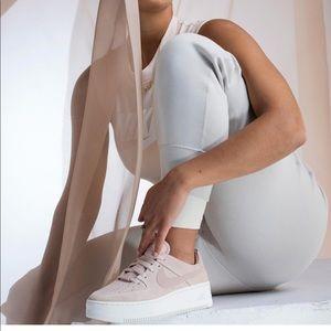 Nike women's sage low